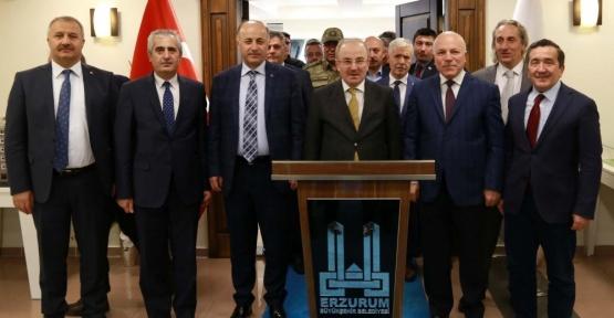 İçişleri Bakan Yardımcısı Öztürk Başkan Sekmen'i ziyaret etti