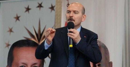 """İçişleri Bakanı Soylu """"Ayda 15 bin göçmeni göndeririz"""" sözlerine açıklık getirdi"""