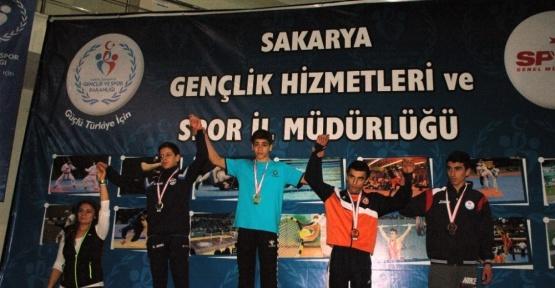 İhlas Koleji Türkiye şampiyonasına gitmeye hak kazandı