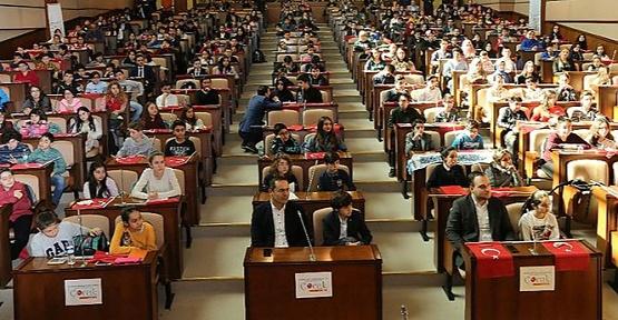 İstanbul Büyükşehir Belediyesi Çocuk Meclisi yeni dönem başkanını seçti