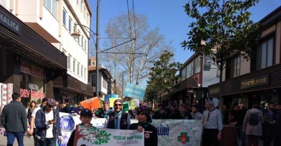 İzcilerden Yeşilay'a destek