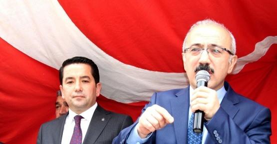 """Kalkınma Bakanı Elvan: """"Bazı dış mihraklar 'hayır' kampanyasına destek veriyor"""""""