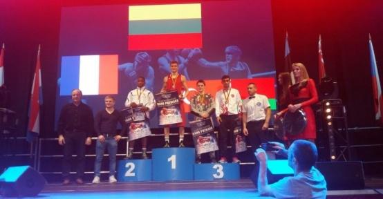 Karaosmanoğlu Litvanya'da bronz kazandı