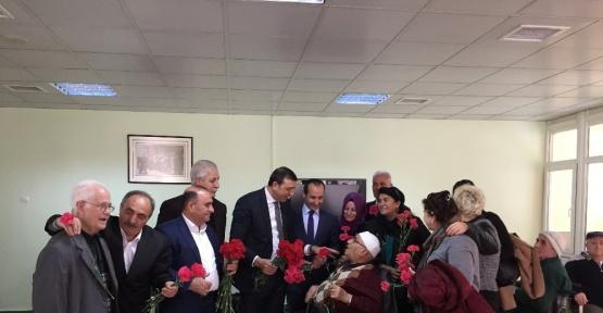 Kars Ardahan Iğdır Dernekler Federasyonu üyeleri Huzur Evi'ni ziyaret etti
