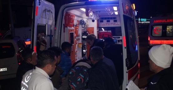Kayseri'de 2 otomobil çarpıştı: 3 yaralı