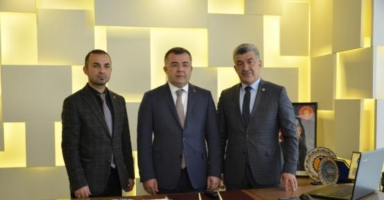 Keskin'den Yığılca Belediye Başkanı Yiğit'e ziyaret etti
