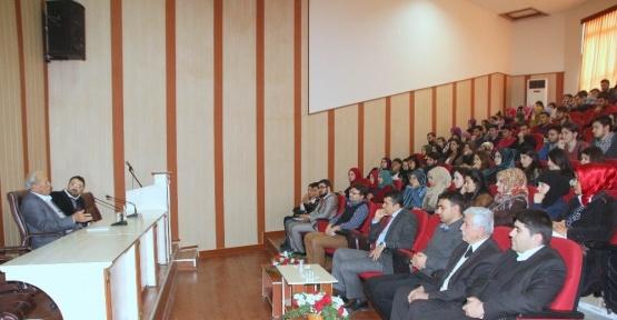 """Kilis Üniversitesinde """"Her Konuda Serhat-Edebiyat"""" konulu söyleşi"""