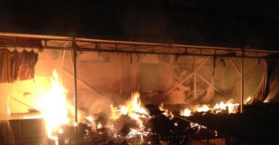 Kocaeli'de otomotiv  fabrikasında yangın çıktı