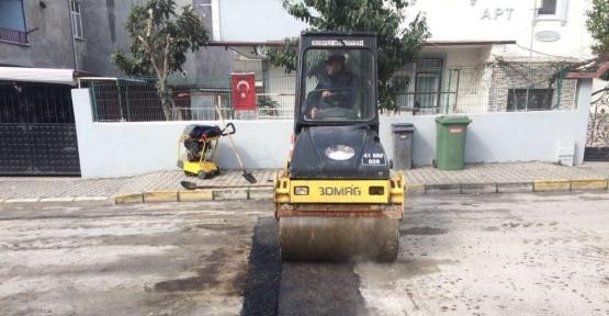 Körfez'de bozuk yolların onarımı sürüyor