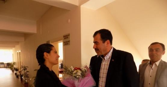 Mehmet Erdem Karacasu'da kadınlar ve muhtarlarla buluştu