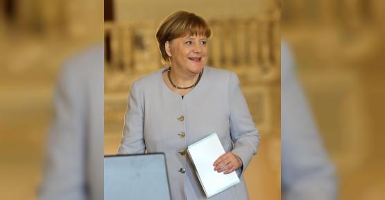Merkel, Tunus'u ziyaret edecek