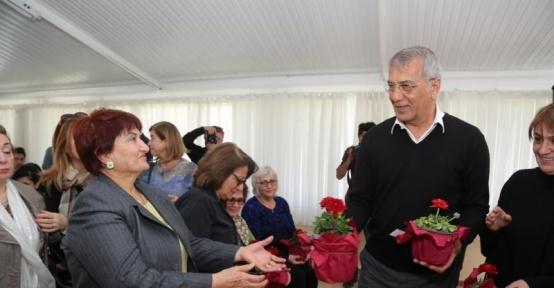 Mezitli'de 'Kadın Dostu Kent Olmak' paneli