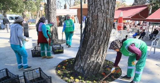 Milas'ta sokaklara kadın eli değdi