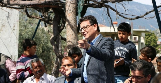 Milletvekili Uslu, Finike'de vatandaşlarla buluştu