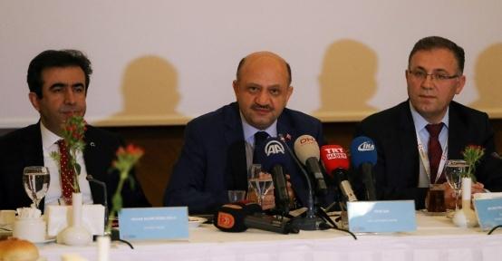 """Milli Savunma Bakanı Işık: """"Kimse TSK'yı rahatsız etmesin"""""""