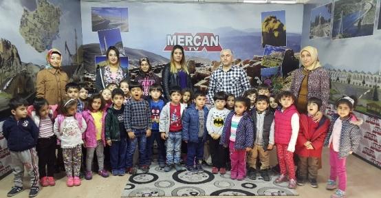 Minik öğrencilerden Mercan Tv'ye ziyaret
