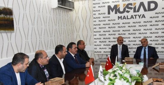 MTSO Başkanı Erkoç'tan MÜSİAD'a hayırlı olsun ziyareti