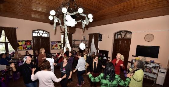Muratpaşa'dan kadınlar matinesi