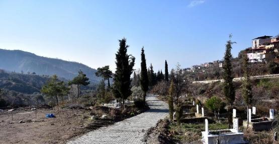 Nazilli Belediyesi köy yollarına elattı
