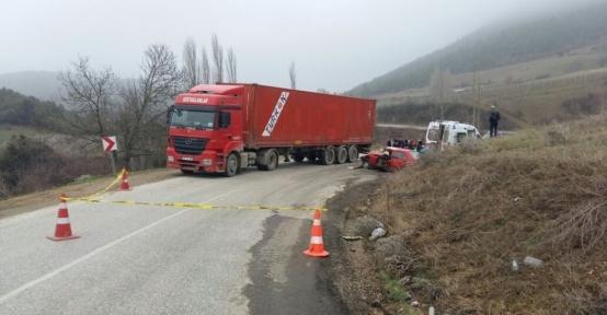 Osmaneli'de trafik kazası, 1 ölü 4 yaralı