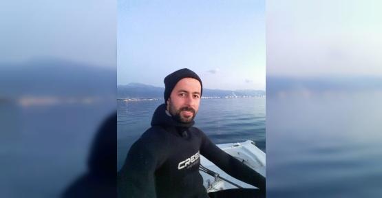 (ÖZEL) Akdeniz kıyılarında dev balina balıkçı teknesine çarptı