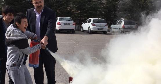 Özel Eğitim Uygulama Merkezinde yangın tatbikatı yapıldı