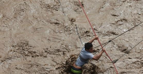 Peru'da selde ölenlerin sayısı 67'ye yükseldi