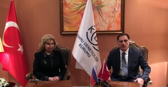 Rusya'da bulunan Türkler artık Rus ombudsmanına başvurabilecek
