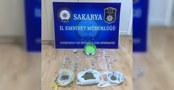 Sakarya'da polis ekipleri uyuşturucuya geçit vermiyor
