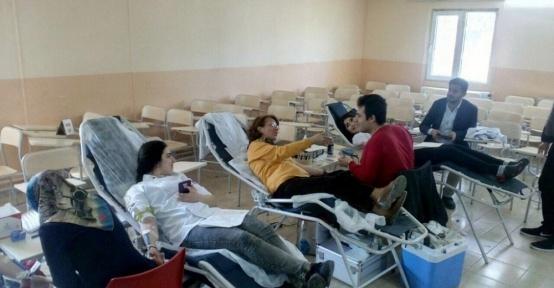 Şanlıurfa Teknik Bilimler Meslek Yüksekokulundan kan bağışı