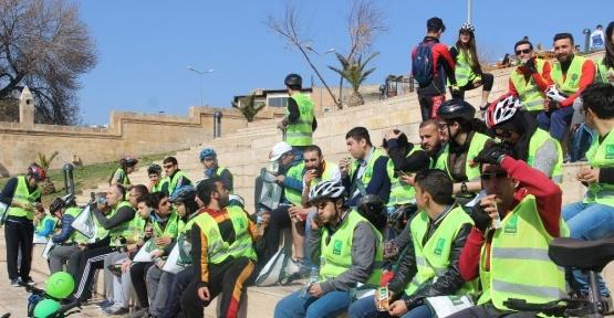 Şanlıurfa'da bisiklet hediyeli şehir turu