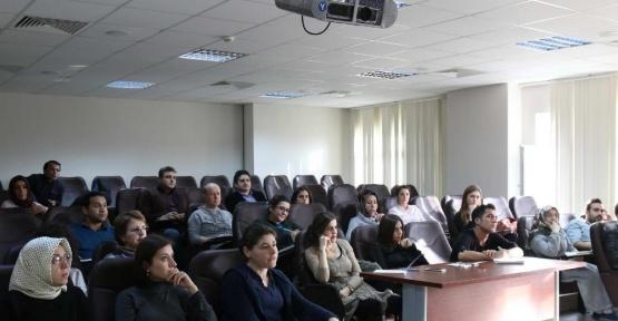 SAÜ'de 'Türk İşaret Dili Eğitimi' başladı