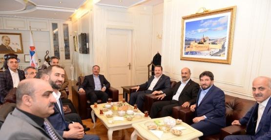 Sendika başkanlarından Prof. Dr. Karabulut'a ziyaret