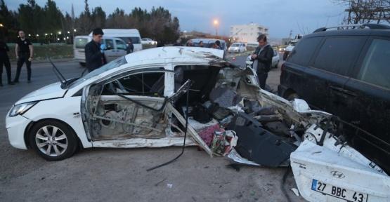 Silopi'de trafik kazası: 2 ölü, 4 yaralı