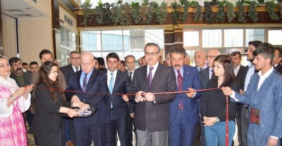 Şırnak'ta 'Çemberimde Gül Oya' sergisi açıldı