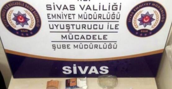Sivas'ta uyuşturucu operasyonu: 8 gözaltı