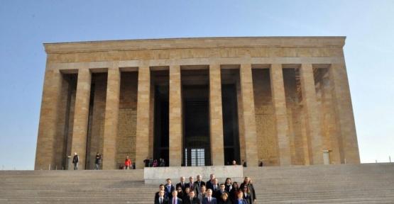 Sivil savunma uzmanlarından Anıtkabir'e ziyaret
