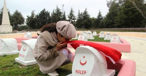Suriyeli yetimlerden, 102 yıl sonra şehit dedelerine ziyaret