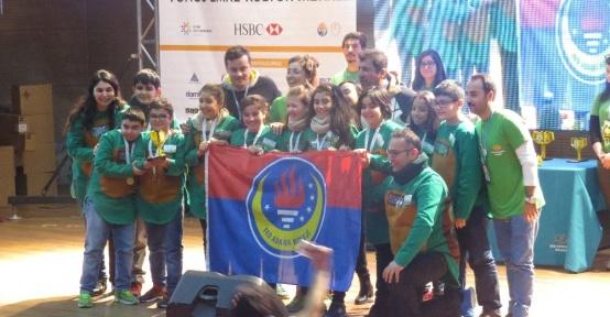 TED Adana Koleji öğrencileri, geliştirdikleri tasarımlarla ulusal turnuvaya katılım hakkı kazandı