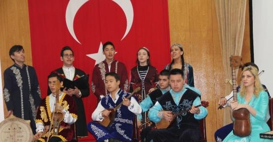 'Tehlikedeki Türk Dilleri' kitabının tanıtım toplantısı