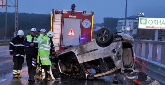 Tekirdağ'da hafif ticari araç takla attı: 6 yaralı
