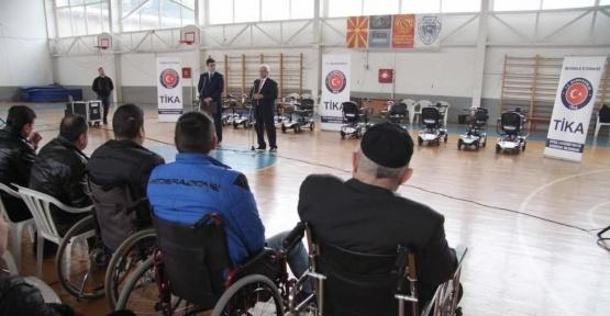 TİKA'dan Makedonyalı engelli vatandaşlara araç desteği
