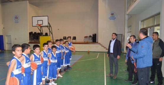 TÜGVA, Okul Basketbol Takımına Sponsor Oldu