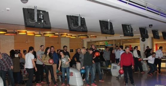UEDAŞ çalışanları bowling ile stres attı
