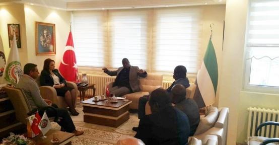 Uganda Ticaret ve Sanayi Bakanı Ankara'da