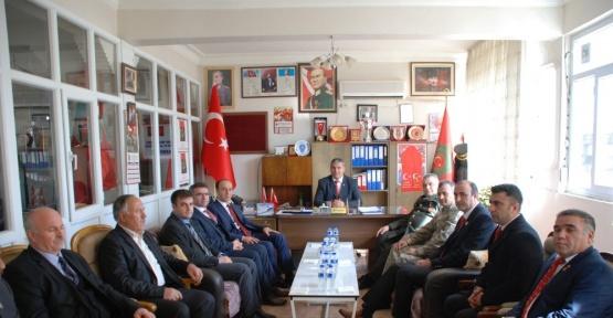 Vali Abdullah Erin ve il protokolünden TÜMŞAD'a ziyaret