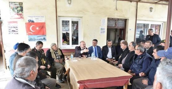 Vali Çakacak, Güzelyayla Mahallesi'nde vatandaşlarla buluştu