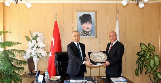 Vali Köse'den Ilgaz Belediye Başkanlığına Ziyaret