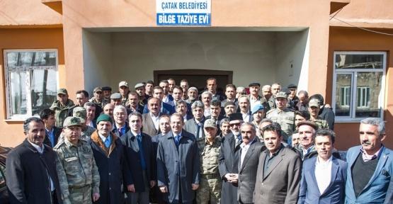 Vali ve Büyükşehir Belediye Başkan Vekili Taşyapan'ın, Çatak ziyareti