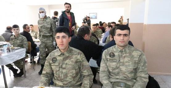 Yaklaşık 169 kilometrelik Suriye sınırında 2016'da 49 PYD, 210 DEAŞ mensubu yakalandı